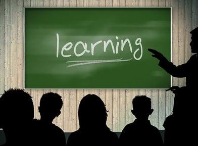 classroom-379216_640.jpg